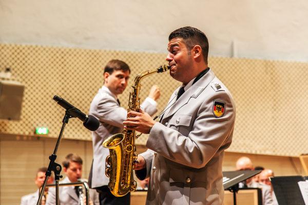 Der Solist am Saxophon: Jean Naßim Ghazal