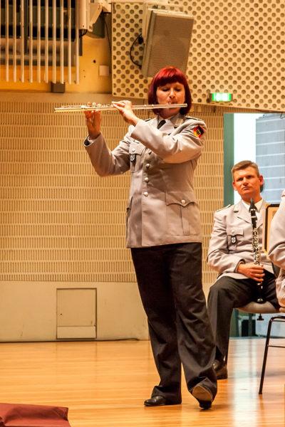 Die Solistin an der Querflöte: Franka Behrendt